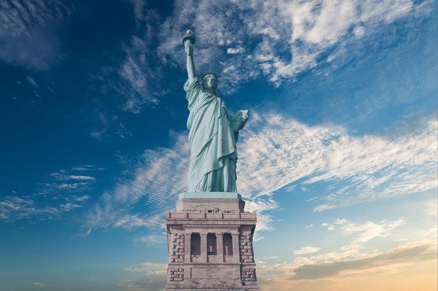 Come ottenere il passaporto americano?