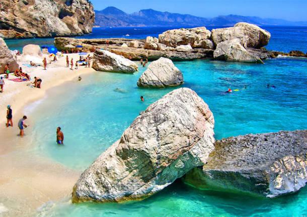 Estate 2020 in Sardegna: Come fare Nuove Amicizie e Sexy Incontri